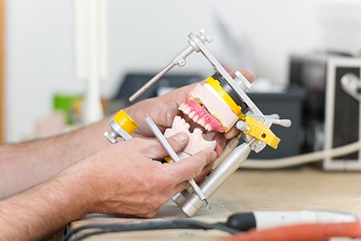 Laboratoire sur place | Tourigny & Thibault Denturologistes
